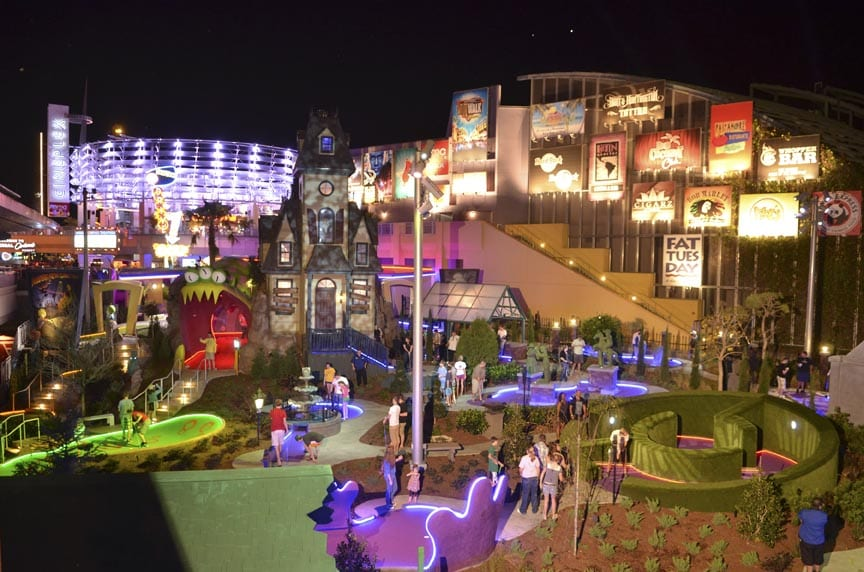 Hollywood Drive-In Golf no Citywalk