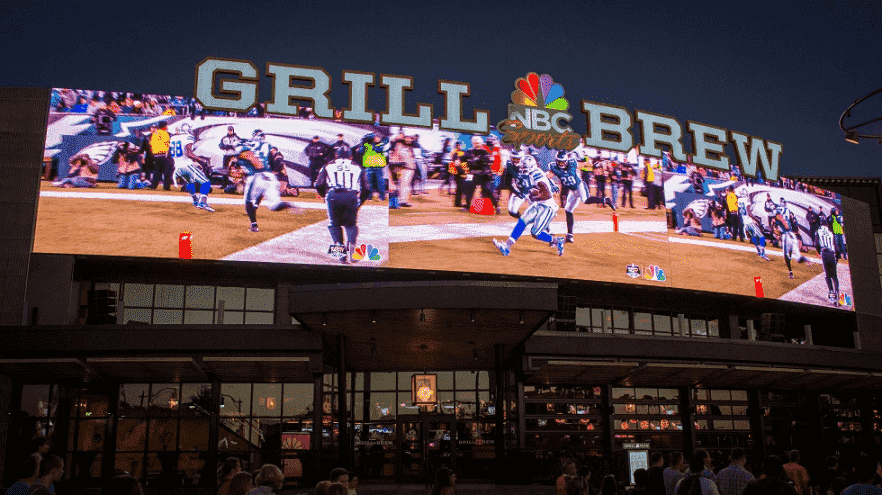 Restaurante temático NBC Sports Grill & Brew em Orlando