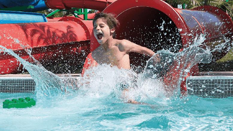 LEGO Twin Chasers no parque aquático Legoland em Orlando