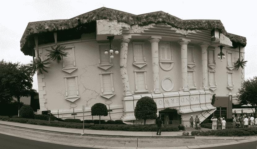 WonderWorks: A casa de ponta-cabeça em Orlando