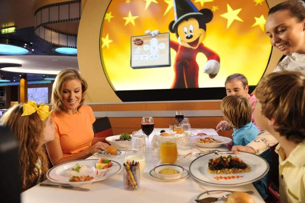 Restaurante do Cruzeiro Disney Fantasy