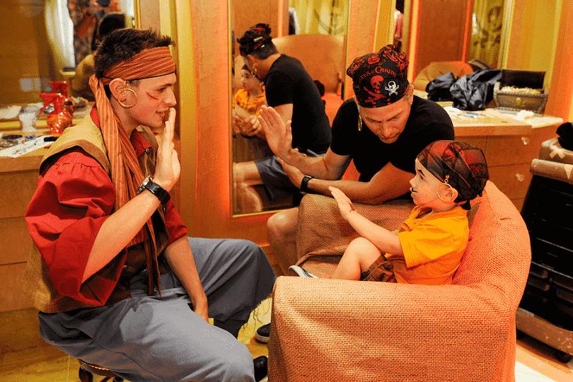 Transformação em princesa e pirata no navio Disney Dream