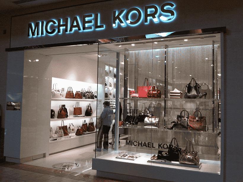 Michael Kors em Miami e Orlando: Onde comprar bolsas, relógios e roupas