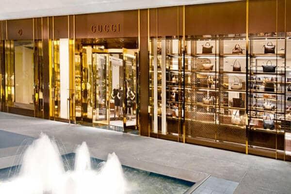 Lojas de luxo no shopping Bal Harbour em Miami