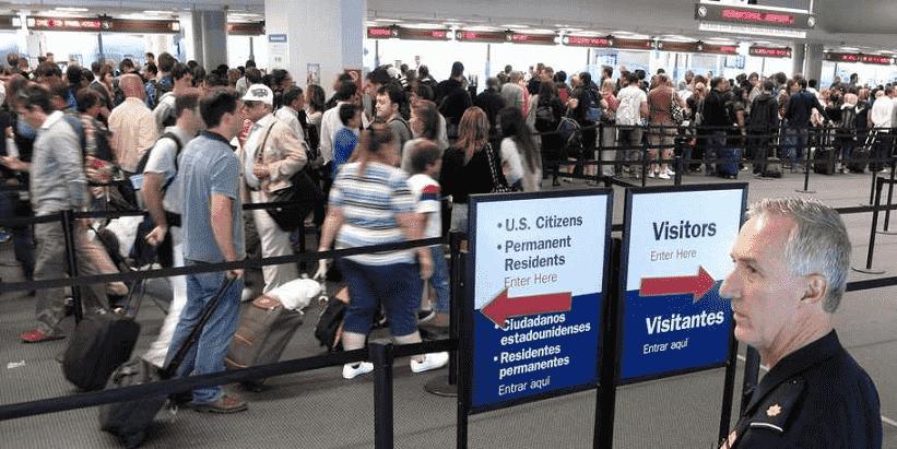 Formulário I-94 para entregar na imigração americana