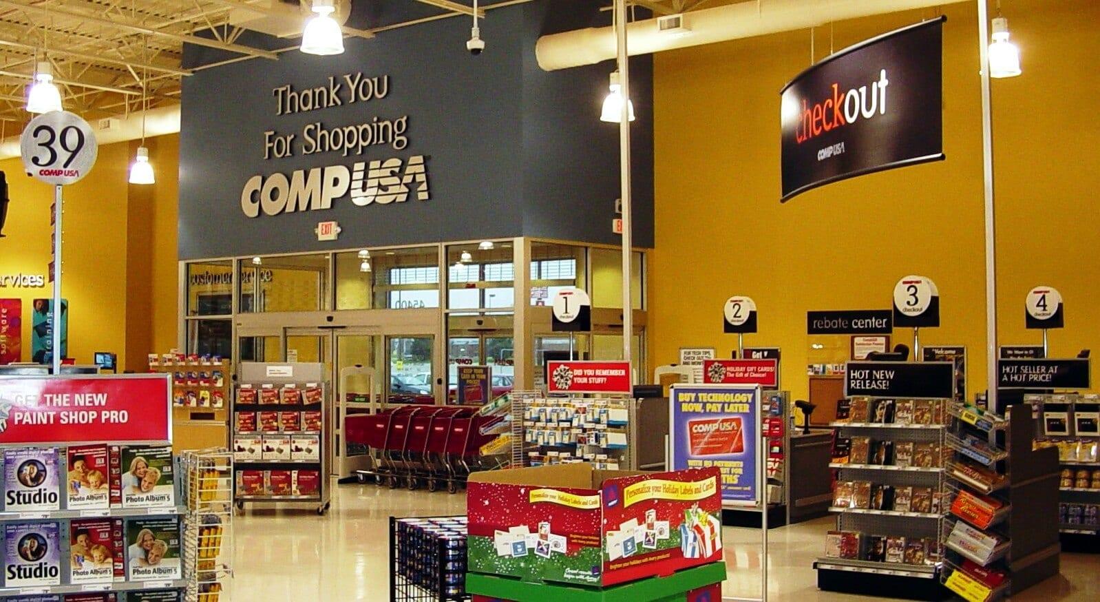 CompUSA   A tradicional loja de eletrônicos em Miami e Orlando