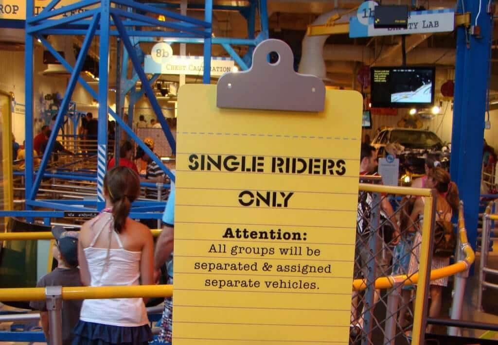 Mais detalhes sobre a fila única single rider em Orlando