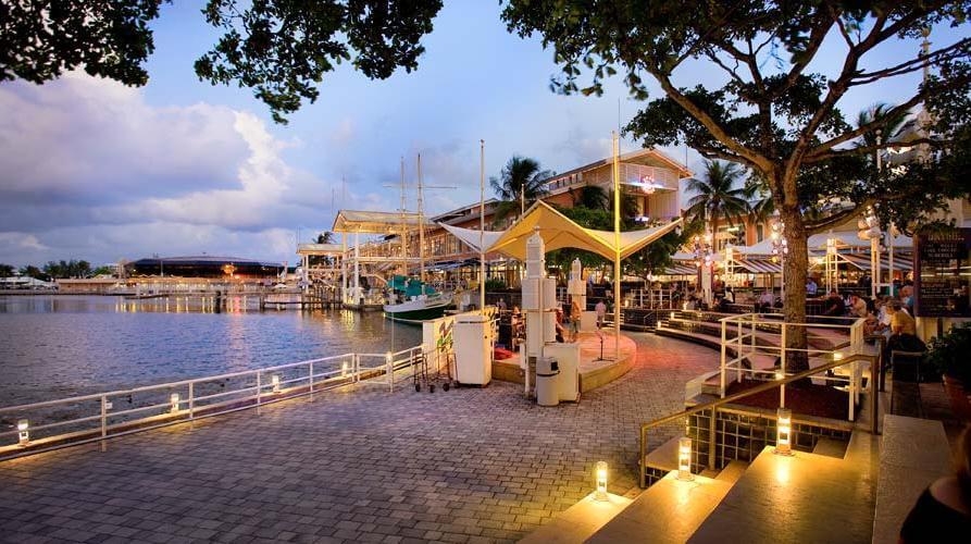 Shopping Bayside Marketplace em Miami Downtown