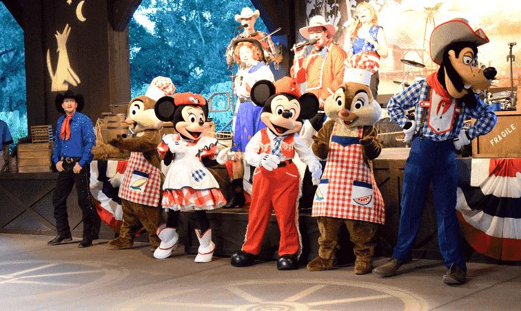 Mickey's Backyard BBQ na Disney em Orlando