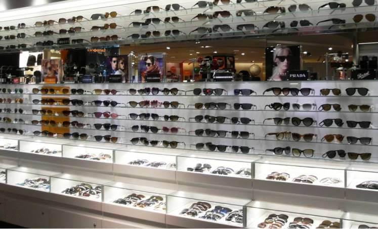 Como são as lojas Sunglass Hut na Flórida