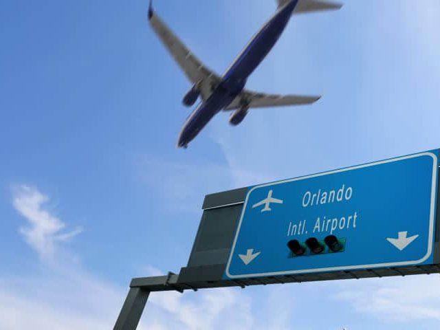 Como achar passagens aéreas muito baratas para Orlando