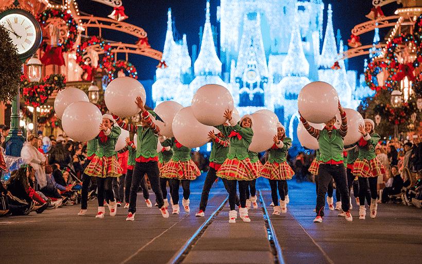 Desfile de Mickey's Very Merry Christmas Party en Orlando