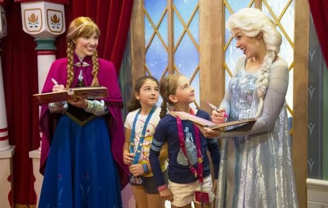 Princesas Anna e Elsa do Frozen na Disney Orlando