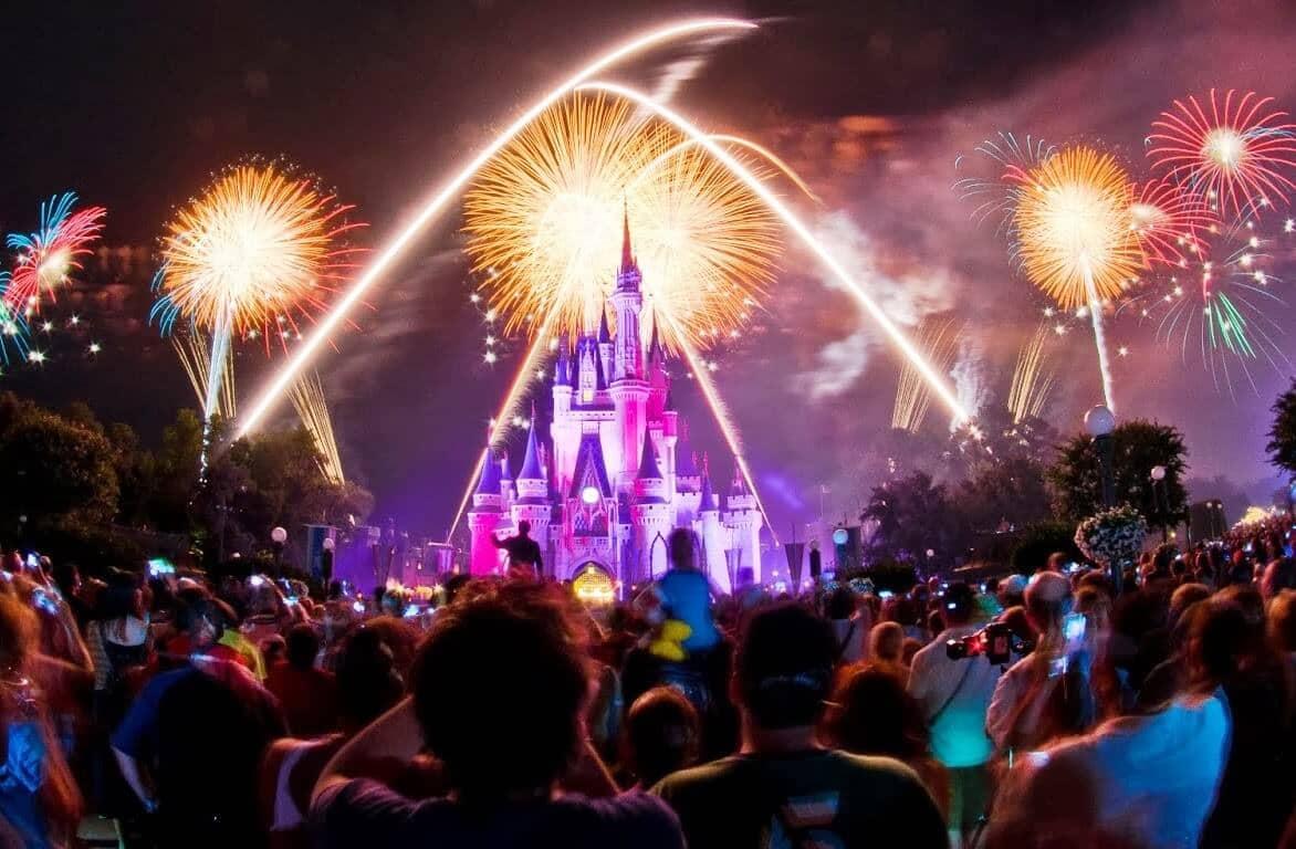 Noite no parque Magic Kingdom