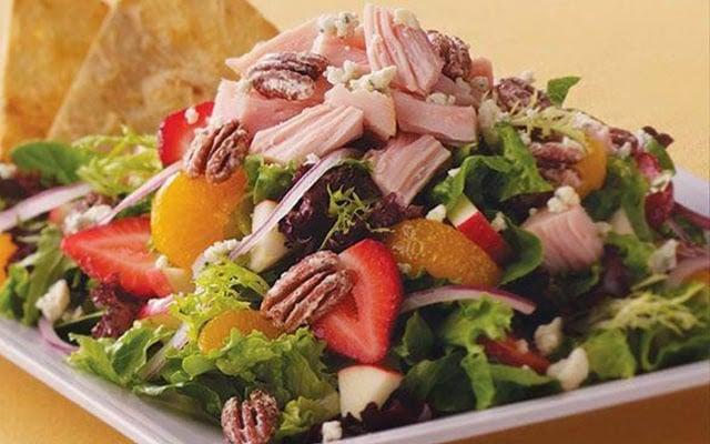 Restaurante Crispers em Orlando Salada