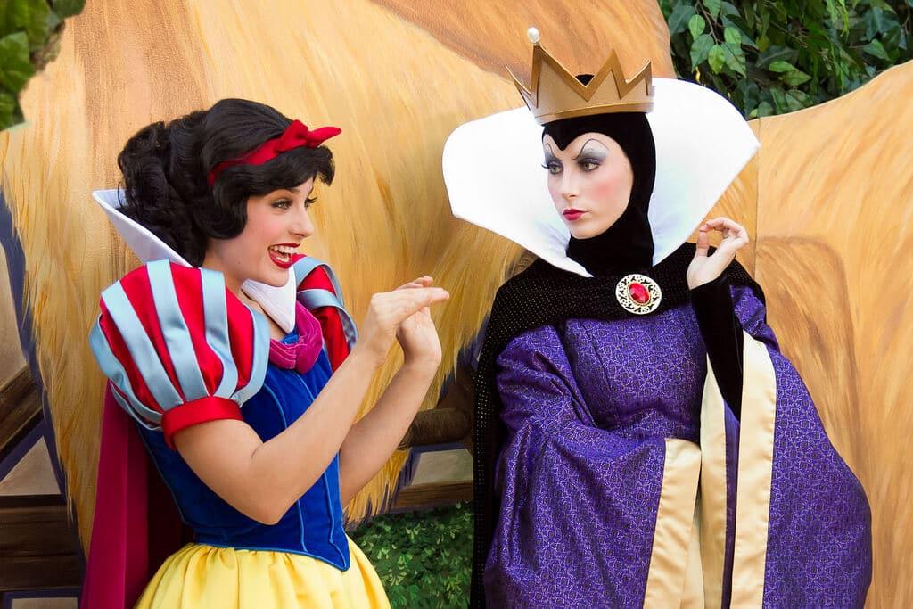 Onde Encontrar A Princesa Branca De Neve Parques Da Disney