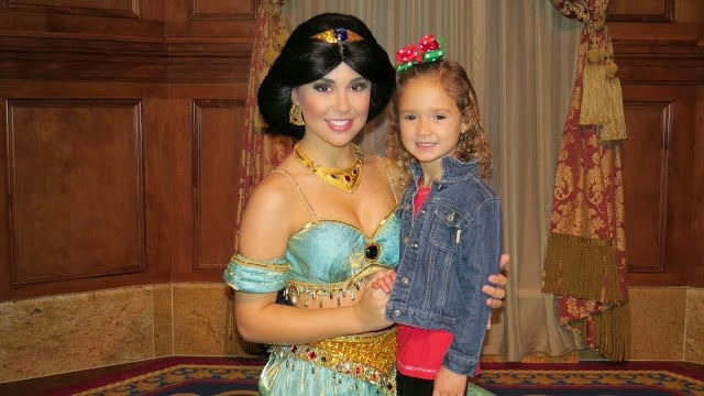 Onde encontrar a princesa Jasmin Orlando