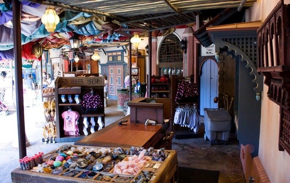 Produtos da loja Agrabah Bazaar do Aladin na Disney em Orlando