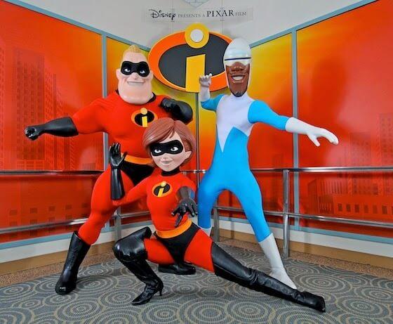 Personagens de Os Incríveis no Parque Hollywood Studios em Orlando