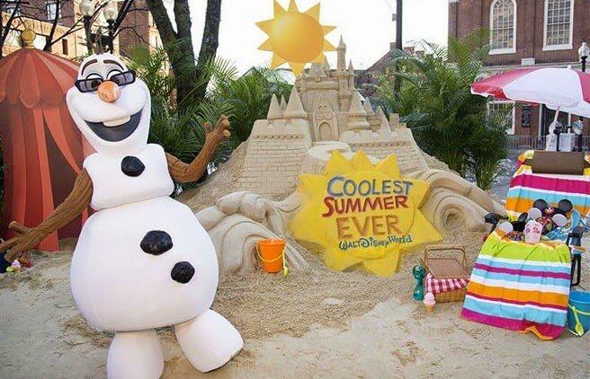 Boneco de Neve Frozen - Início do verão na Disney em Orlando