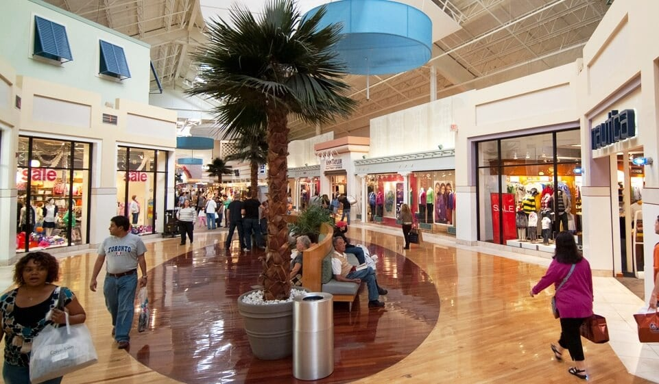 Sawgrass Mills Outlet