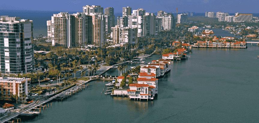 Cidade Naples na Flórida