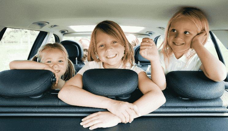 Família em carro - Tampa