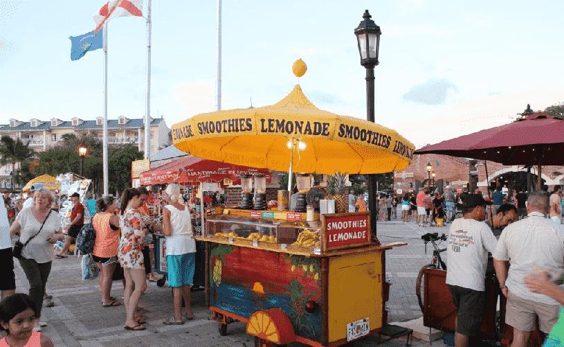 Food Trucks na Mallory Square no pôr do sol em Key West