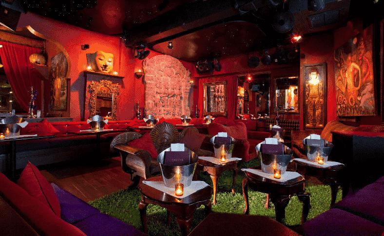 Interior do restaurante Tantra em Miami