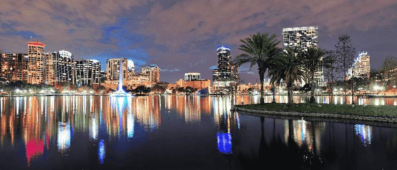 Ficar dentro da Disney ou da Universal em Orlando?