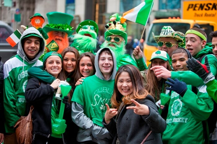 Dia de São Patrício, St. Patrick's Day.