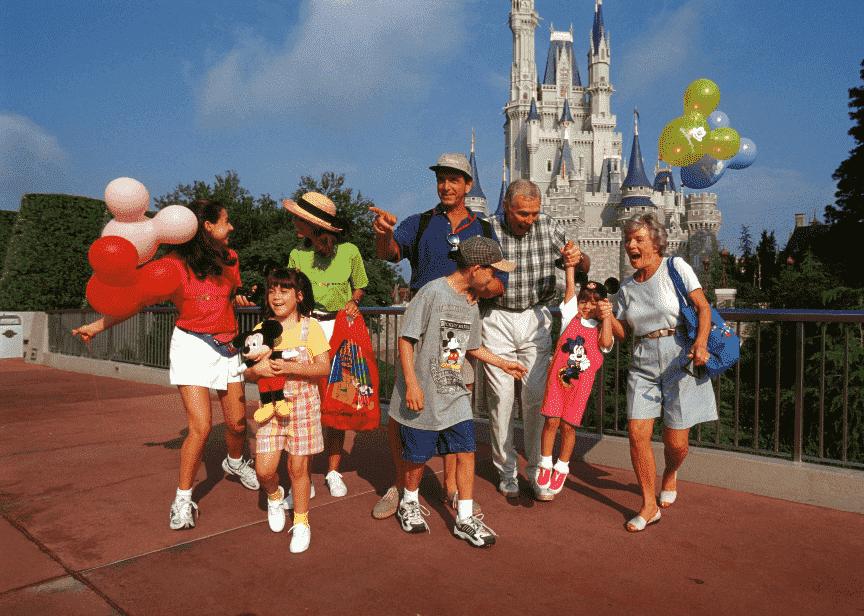 Visitantes idosos em Orlando