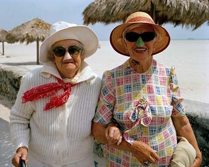 Turistas idosos em Miami