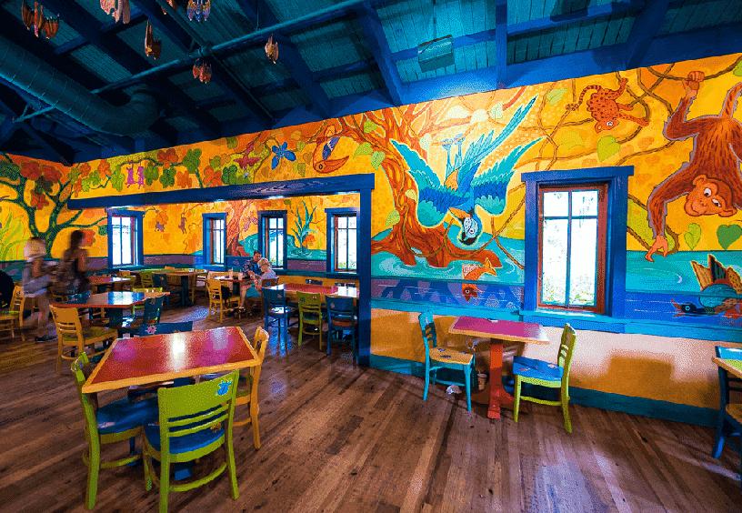 Pizzafari no Animal Kingdom em Orlando: interior