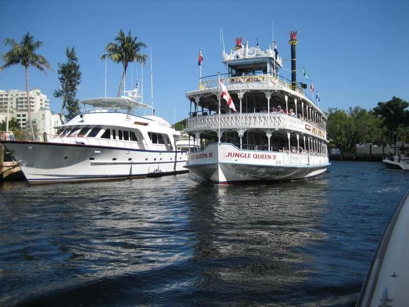 Navios em Fort Lauderdale em Miami