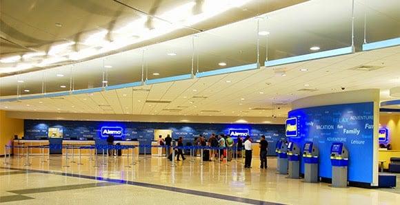 Melhores empresas de aluguel de carro no aeroporto em Miami