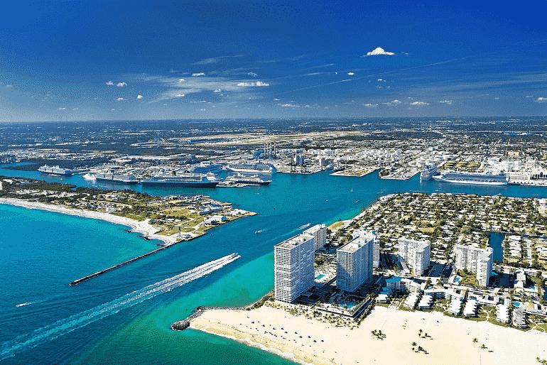 Vista aérea da praia de Fort Lauderdale