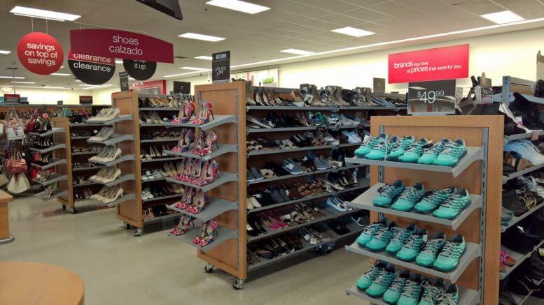 Lojas T.J.Maxx em Orlando e Miami: calçados