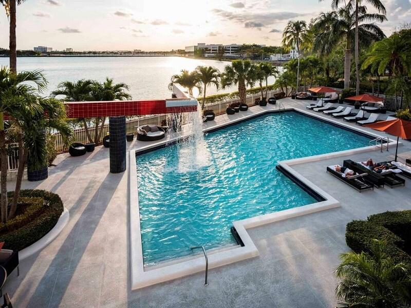 Como economizar na hospedagem em Miami