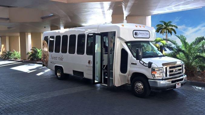 Como ir do aeroporto de Miami até o centro turístico de transfer