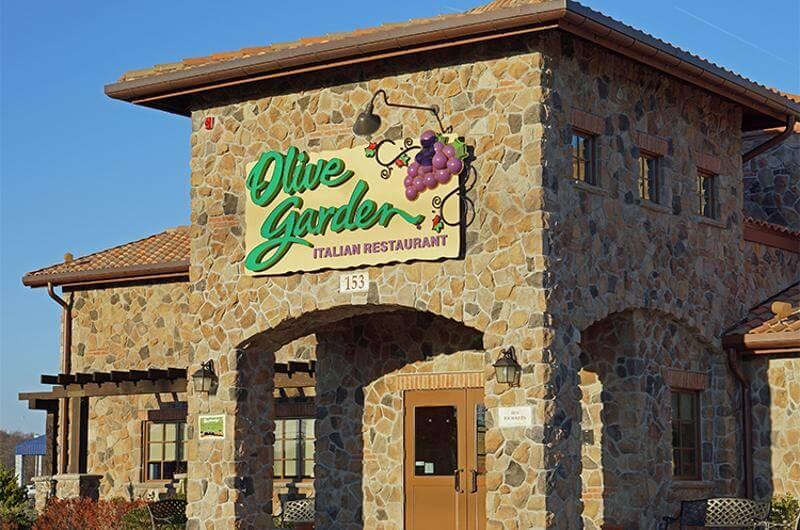 Frente do restaurante italiano Olive Garden