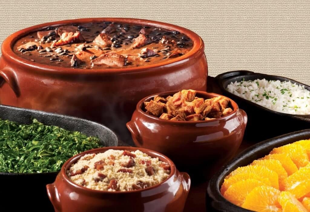 Comida do restaurante brasileiro Tony's Brazilian Grill em Orlando
