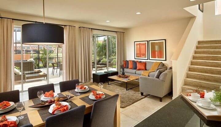 Condomínio de casas Regal Oaks em Orlando