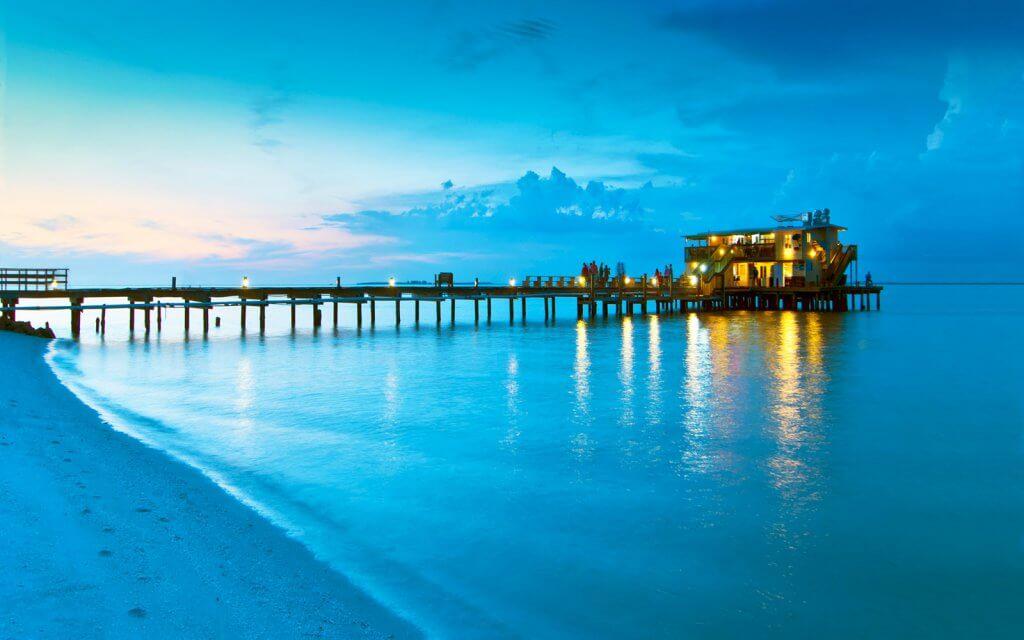 Muelle de la isla de Anna Maria en Florida