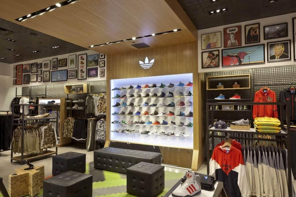 Produtos das lojas da Adidas em Miami