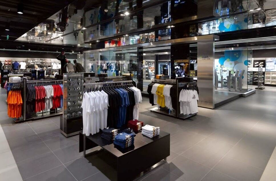 Produtos das Lojas da Adidas em Orlando e Miami