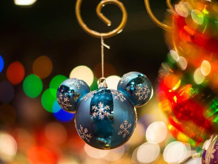 Acessório de natal do Mickey na Disney's Days of Christmas na Disney Springs Orlando