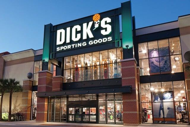 Tienda de deportes DICK'S Sporting Goods en Orlando: fachadaa
