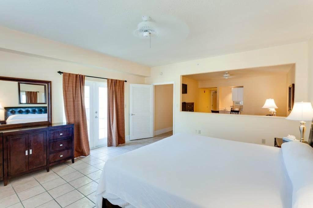 Hotéis bons e baratos em Naples na Flórida: Naples Park Central Hotel: quarto