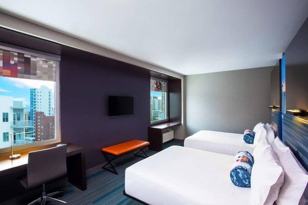 Hotel Aloft Sarasota: quarto